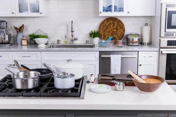Inilah Peralatan Dapur Yang Wajib Kamu Miliki di Rumah Baru