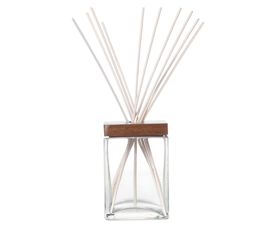 Nicole's Natural Reed Diffuser S