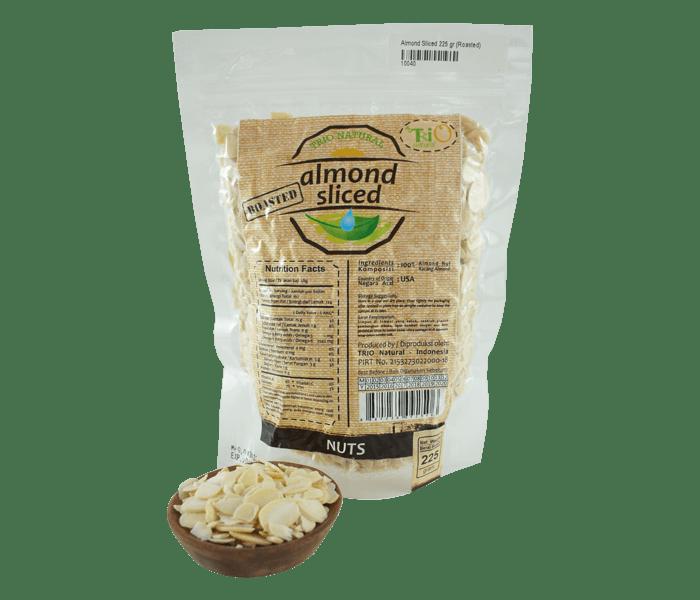 Trio Kacang Almond Panggang Potong Tanpa Kulit 225 gr